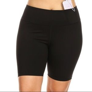 Women's plus size bermuda biker shorts activewear